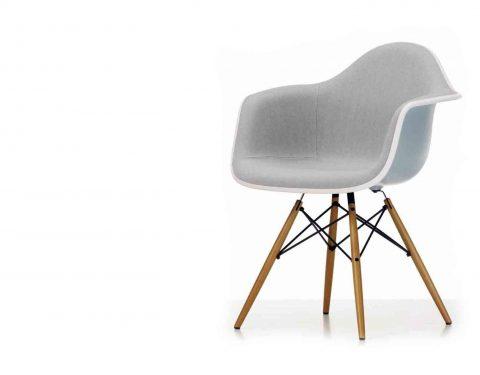 Armstoel model Plastic chair DAW van Vitra